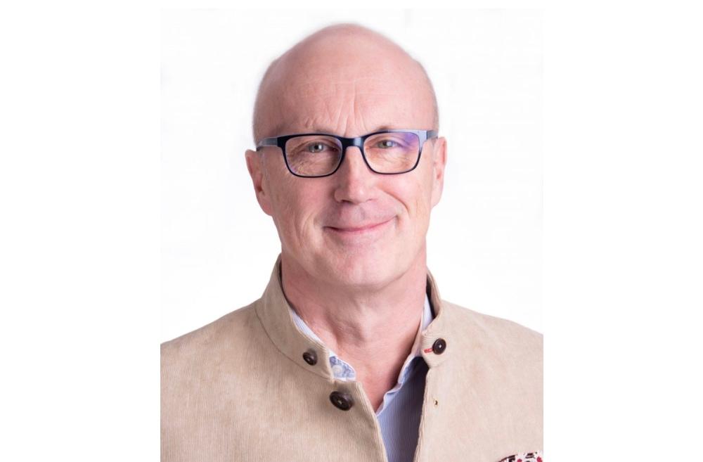 DR. MED. HANS HOLZHÄUER